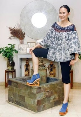 Gambar baju santai motif batik trend masa kini