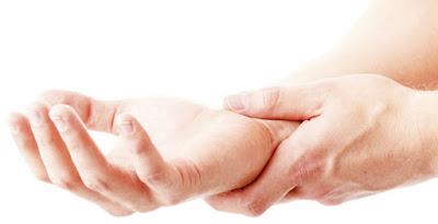 Gejala dan cara mengobati tangan kesemutan