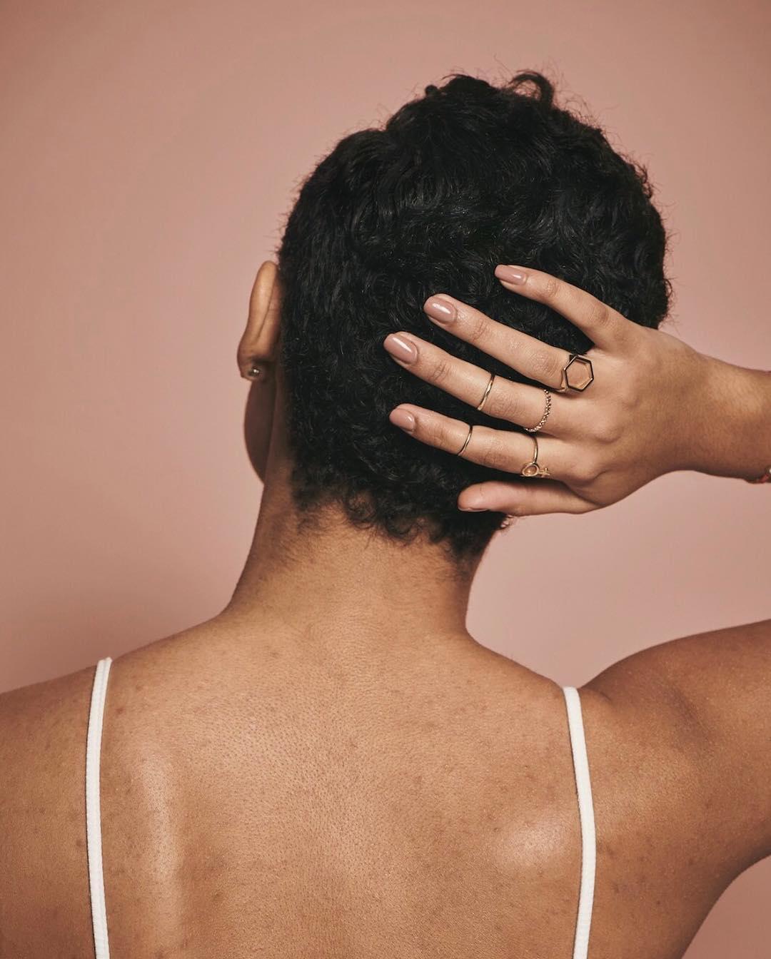 APOSTE EM CORTES CURTOS E ARRASE 💇 INSPIRAÇÕES PARA CABELOS CACHEADOS E CRESPOS, cabelo cacheado, cachos, tipos de corte para cabelo cacheado e crespo, cabelo crespo, crespo, qual o melhor corte para cabelo cacheado e crespo, como cortar o cabelo, cabelo curto, kahchear, kahena kévya,