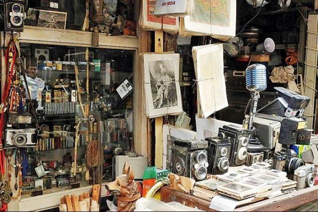 दुनिया के 5 बड़े चोर बाजार, जहाँ सामान मिलता है बहुत सस्ता