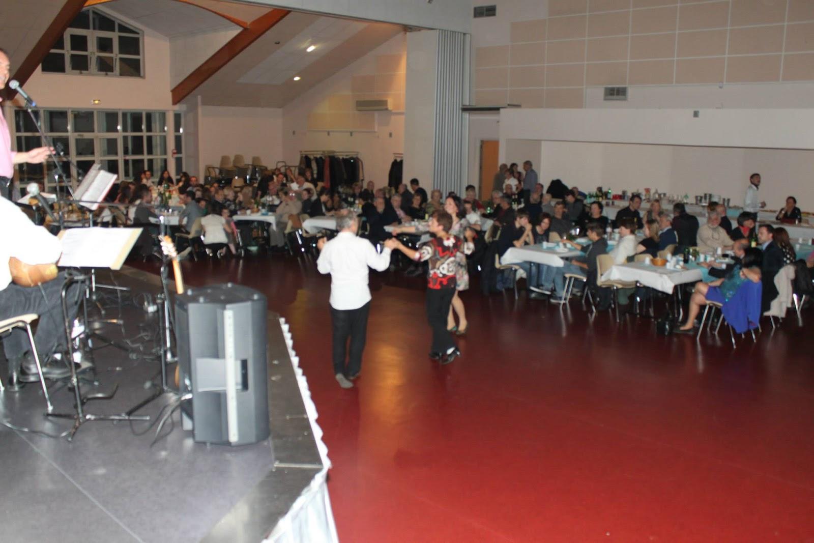 Salle de la garenne lyon 28 images diaspora grecque for Les lions du meuble