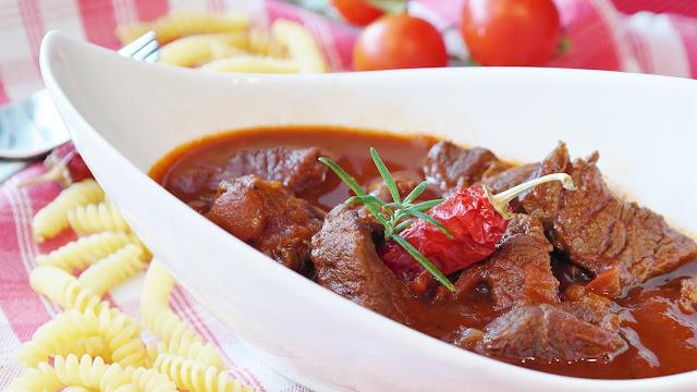 veg and non-veg catering service-Mumbai Feast
