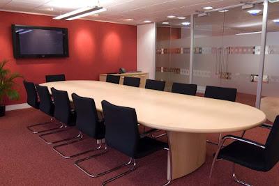 Phòng họp thêm sang trọng với chiếc bàn họp Fami