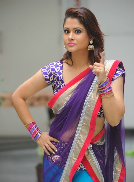 telugu_tv_anchor_shilpa_chakravarthy_photo_shoot_stills-www.chennaifans.blogspot.in+(8)
