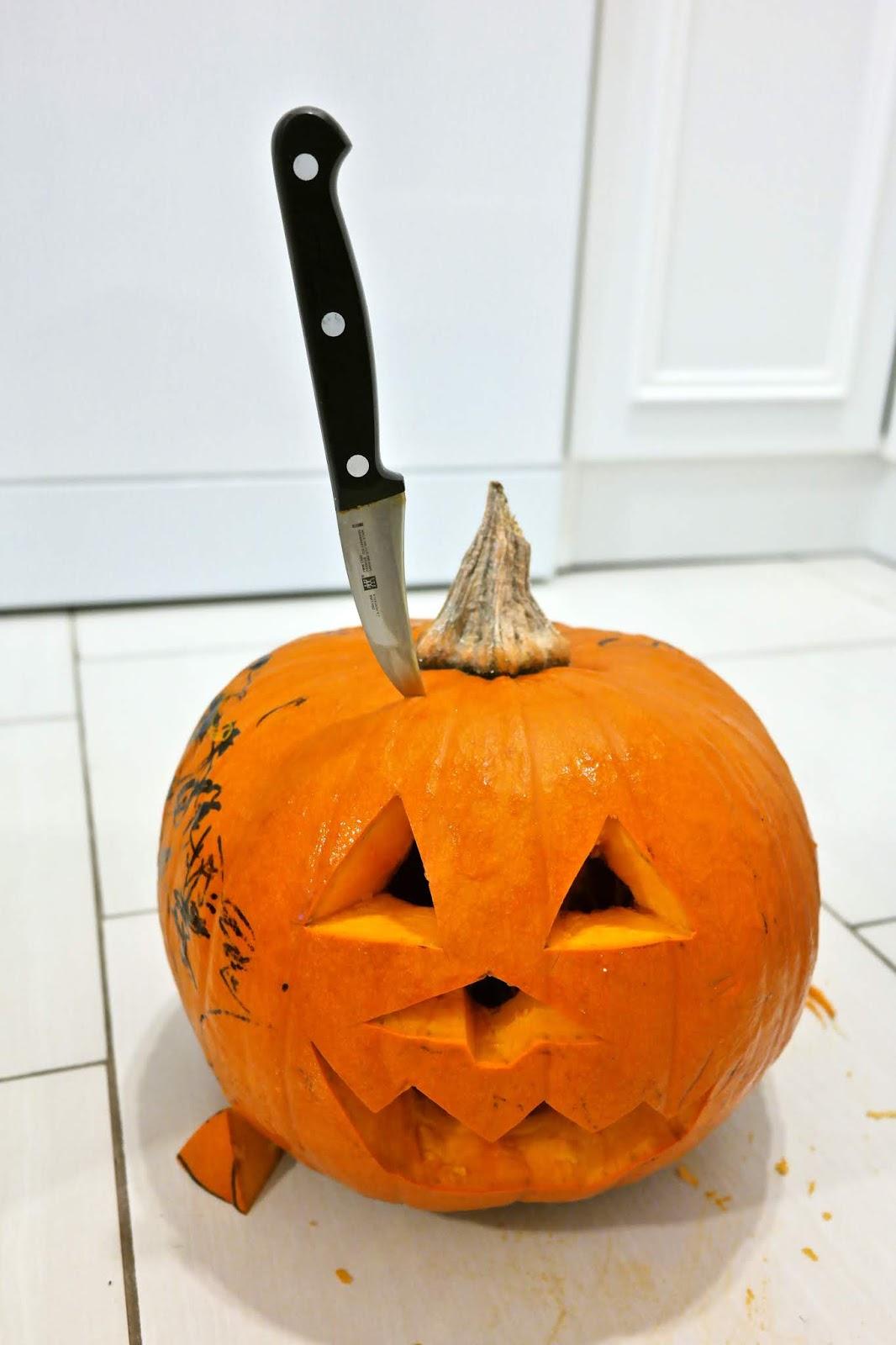 mały nożyk do obierania warzyw