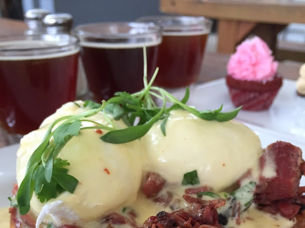 Dine: National Eggs Benedict Day