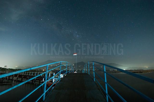 foto milkyway jembatan rawa pening