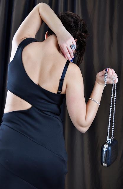 Adriana Style Blog, Atmosphere Brooch, Atmosphere Trilby Hat, blog modowy Puławy, Elasticated Dress, Fashion, LBD, Little Black Dress, moda, Party Dress, River Island Dresss