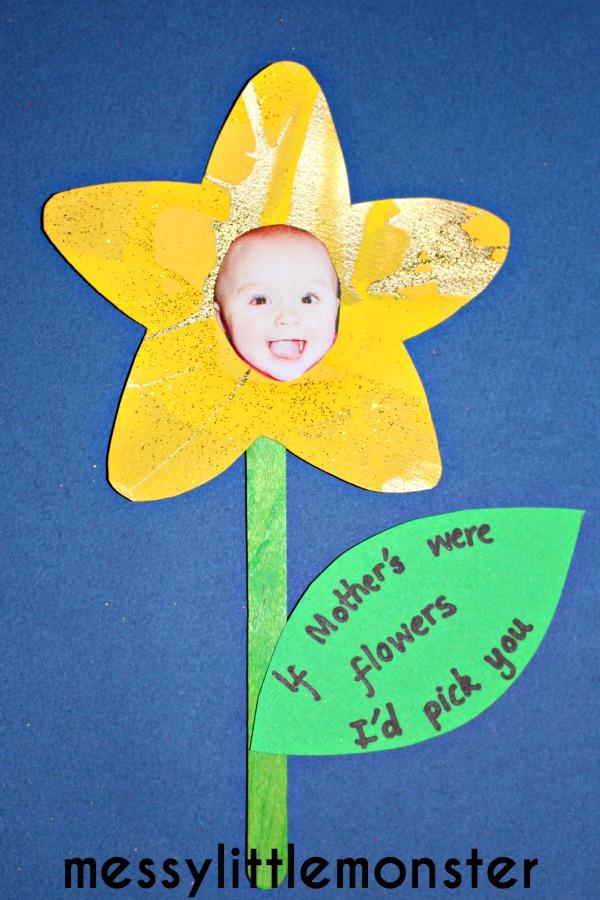 Flower Handprint Craft - Messy Little Monster