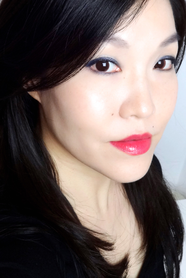 L'Oreal Colour Riche Le Gloss Berry Chic FOTD
