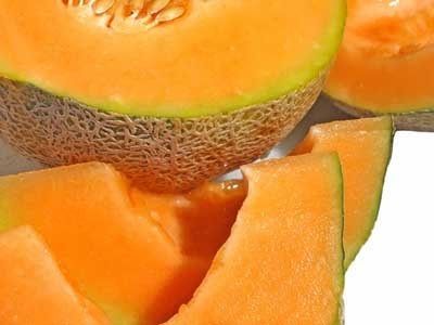 Melons are low in calories, with just 64 calories in a 1-cup serving of  honeydew balls and fewer calories in cantaloupe, casaba or watermelon balls.