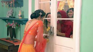 Charu Asopa in Saree Choli ghagra 4.jpg