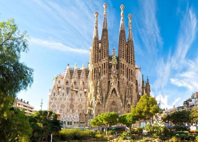 Arsitektur di Barcelona