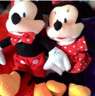 Boneka Mickey dan Minie Mouse