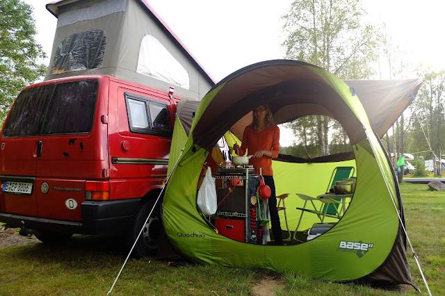 Zelt Quechua Base : Test das quechua wurfzelt pavillon base seconds als