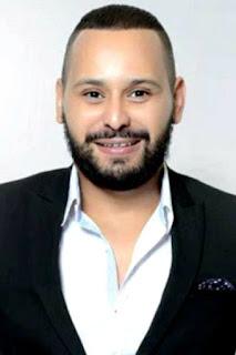 محمد ريفي (Mohammed Rifi)، مغني مغربي، من مواليد الدار البيضاء، المغرب.