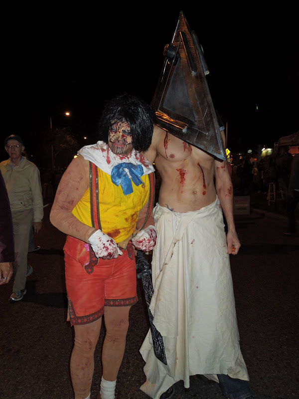 WEHO Halloween Carnaval Pyramid Head