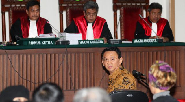 Saksi Ahli Ahok Diminta Keluar dari Ruang Sidang Oleh Hakim