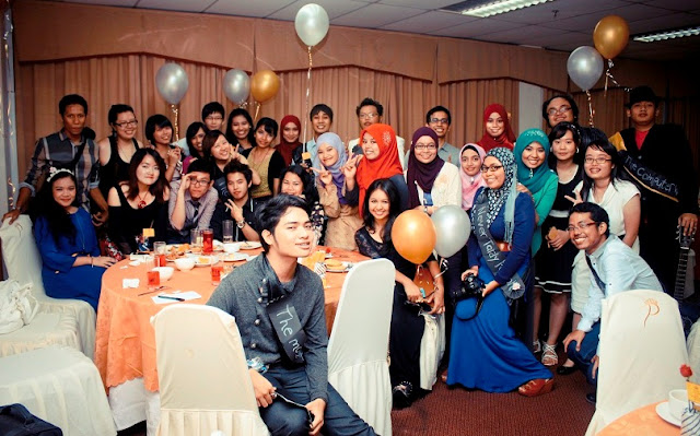 prom night farawell dinner, minggu suaikenal, tema party, prom party, halloween, costume party, friendship, UTeM students final dinner, traditional cuisine
