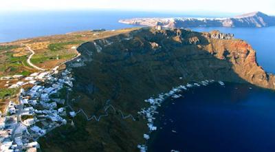Hiking in Santorini