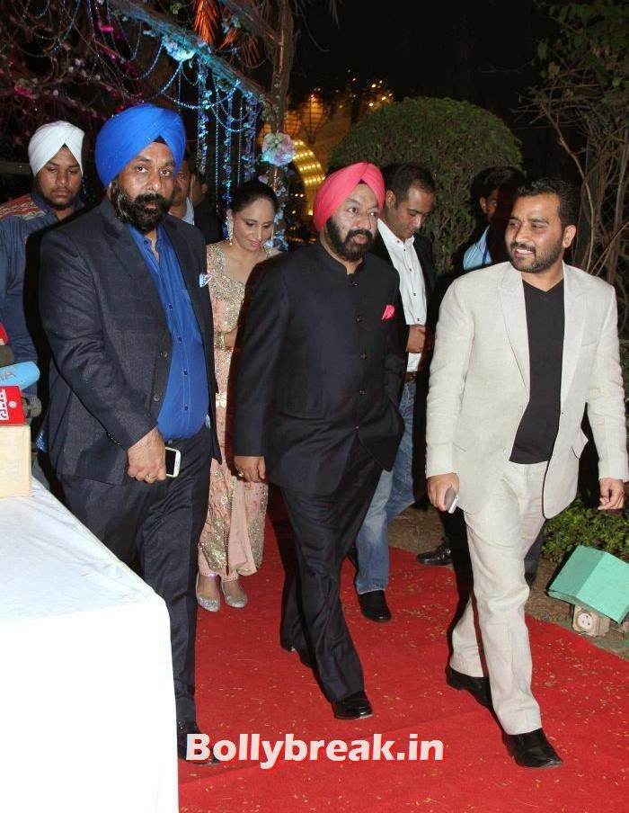 Ahana Deol-Varun Vora's Wedding Ceremony, Ahana Deol Wedding & Reception Pics