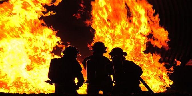 Sebuah Rumah Warga Hangus Terbakar Karna Pemilik Rumah Lupa Matikan Kompor