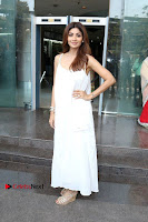Bollywood Actress Shilpa Shetty Pos in White Gown at The Inauguration Of Shelar Make up Academy  0010.jpg