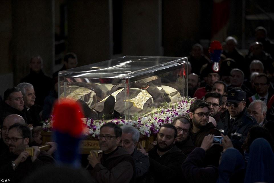 rome total war catholic priests salaries - photo#13