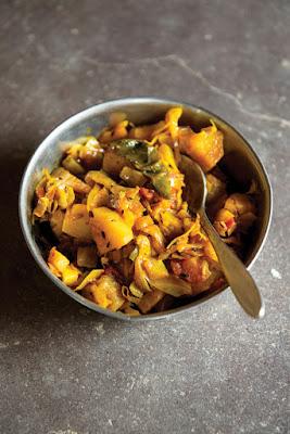 Πηγή: http://www.saveur.com/article/recipes/bund-gobhi-aur-aloo-ki-subzi-spicy-cabbage-and-potato-curry