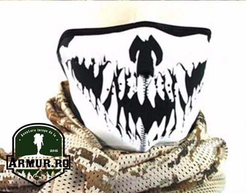 masca din neopren cagula craniu cu colti moto rock