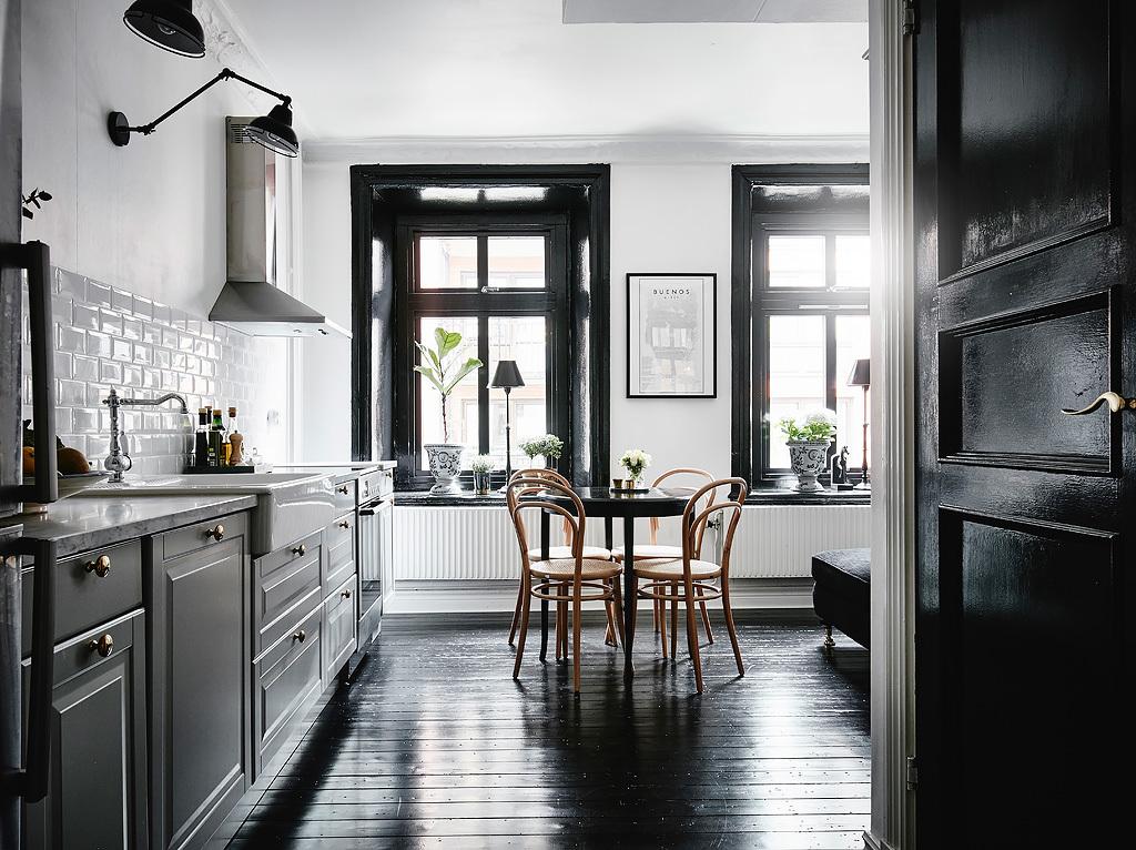 Design attractor atmospheric black and white apartment for Departamentos decorados en blanco