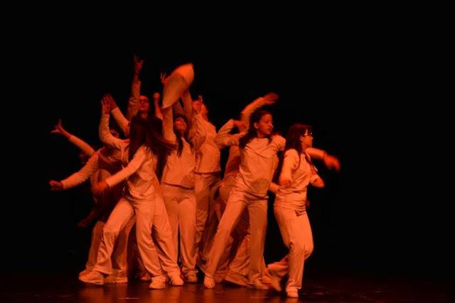 Δυο σχολικές θεατρικές ομάδες στην Επίδαυρο για τις Ικέτιδες