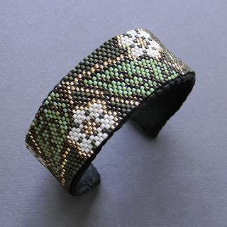 купить эксклюзивные браслеты из бисера ручной работы в интернет магазине ру