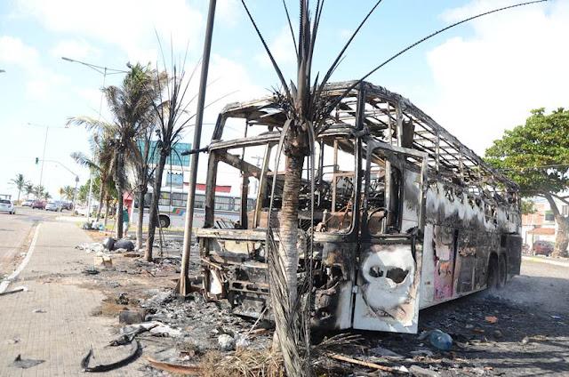 Veículos são incendiados em novo ataque no RN