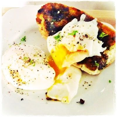 black garlic breat with poached eggs