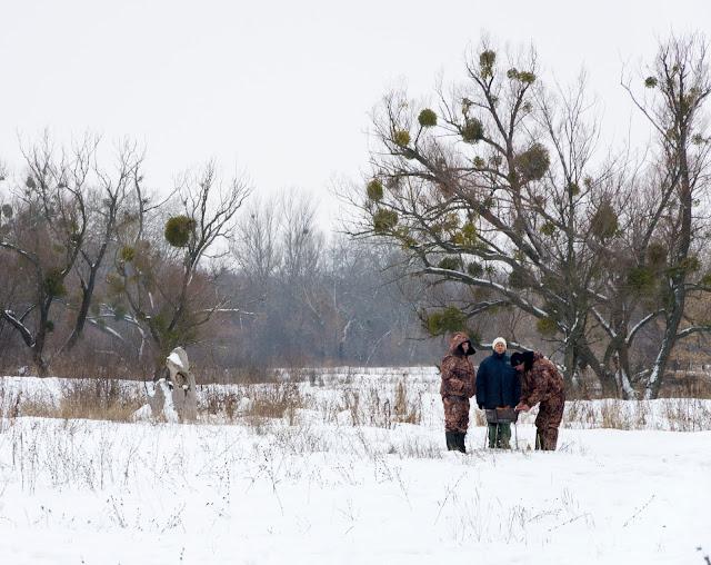 рибалки на березі Сіверського Донця