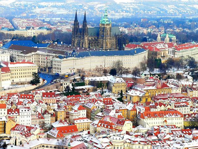 Praga viaggio in novembre per 2 persone volo e hotel