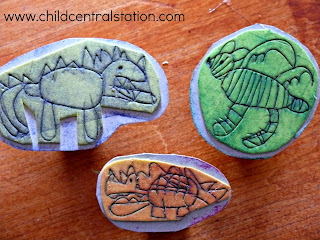http://www.childcentralstation.com/2011/06/homemade-stamps.html