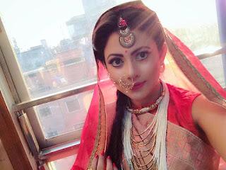 Azmeri Asha Bangladeshi Actress Hot and Sexy Images