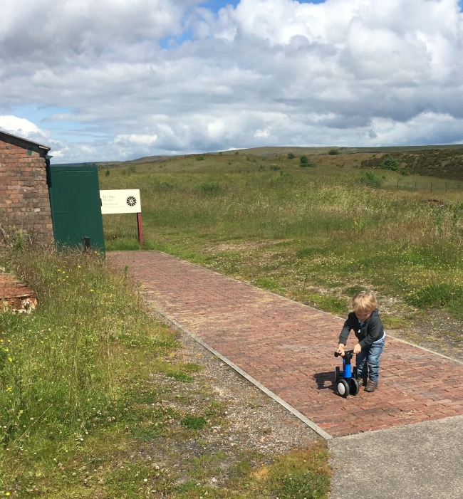 Blaenavon-Big-Pit-a-toddler-with-his-bike