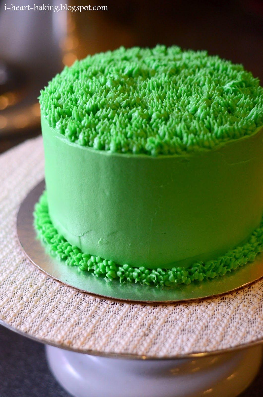 i heart baking!: golf ball cake - chocolate cake with ...