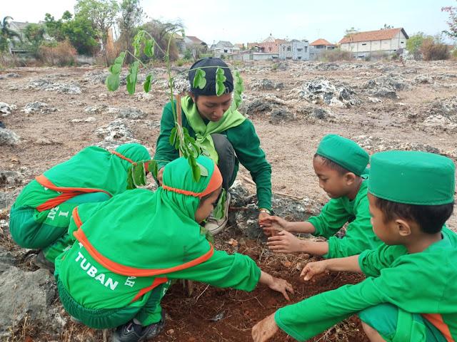Mapala El-Heera STITMA Tanam Pohon