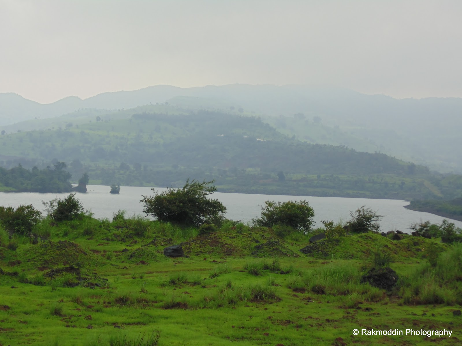 Monsoon bike ride to Madhe Ghat via torna fort