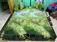 Sofa bed inoac ukuran nomor 4 saat difungsikan sebagai kasur