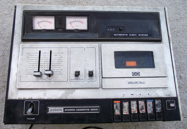 Tape deck Gradiente CD1666
