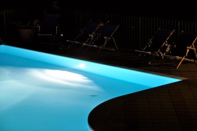 Piscinas for Luces led piscina