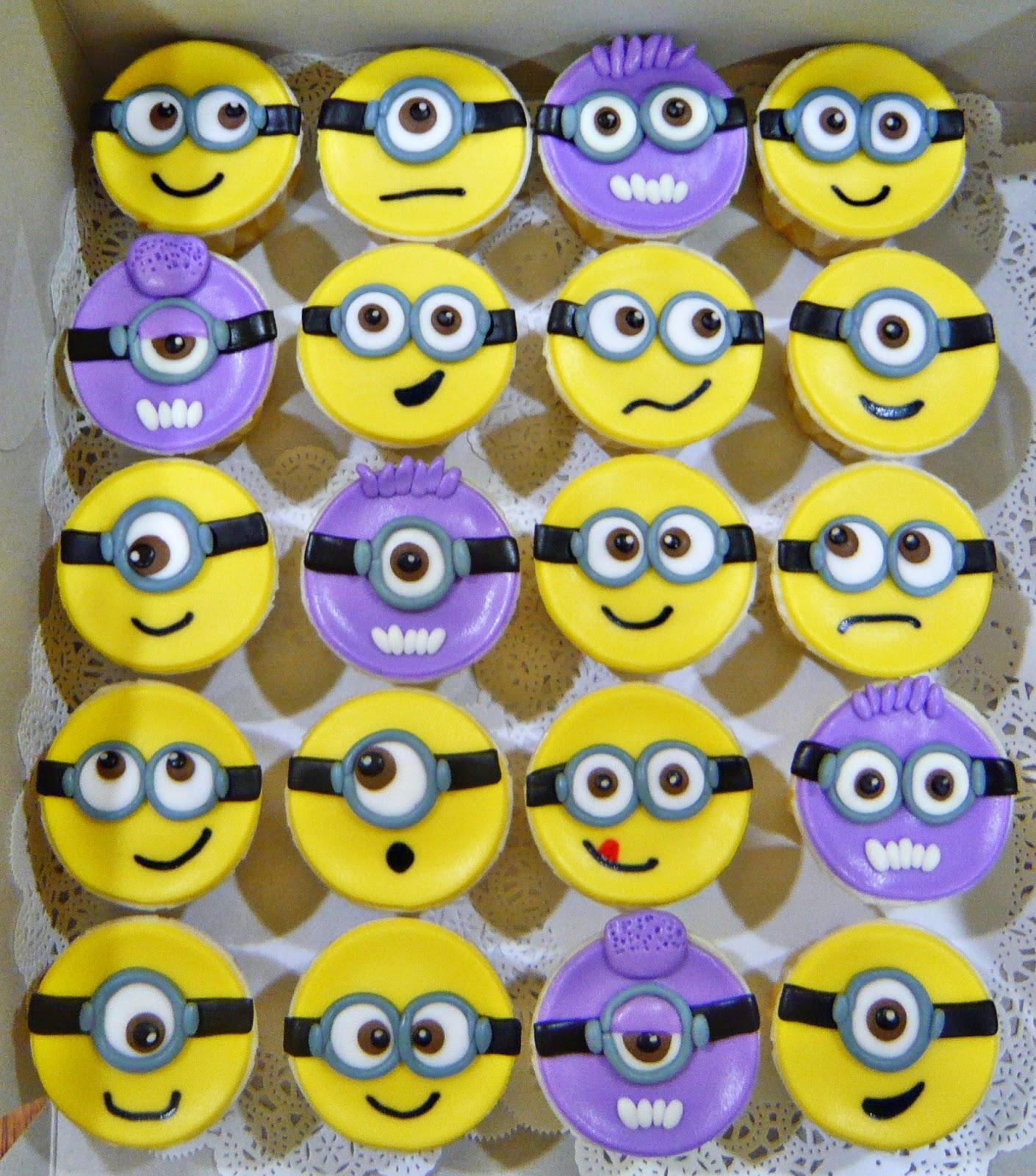 2D Minion Faces Cupcakes