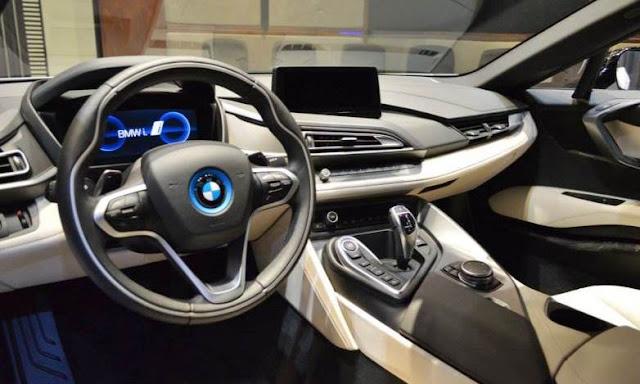 BMW i8 DTM Race Car gets rendered