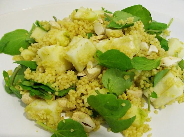 Salada de Couscous, Agrião, Maçã e Caju