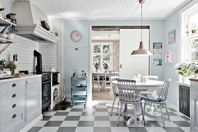 Shabby chic scandinav într-o vilă de 144 m²